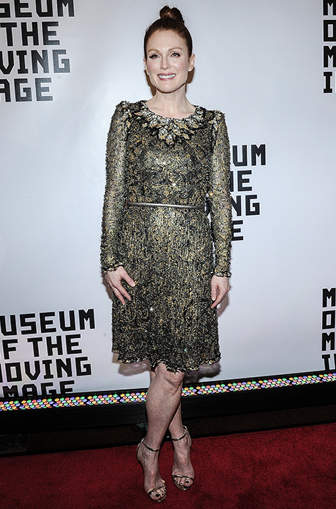 Julianne Moore wearing Minny
