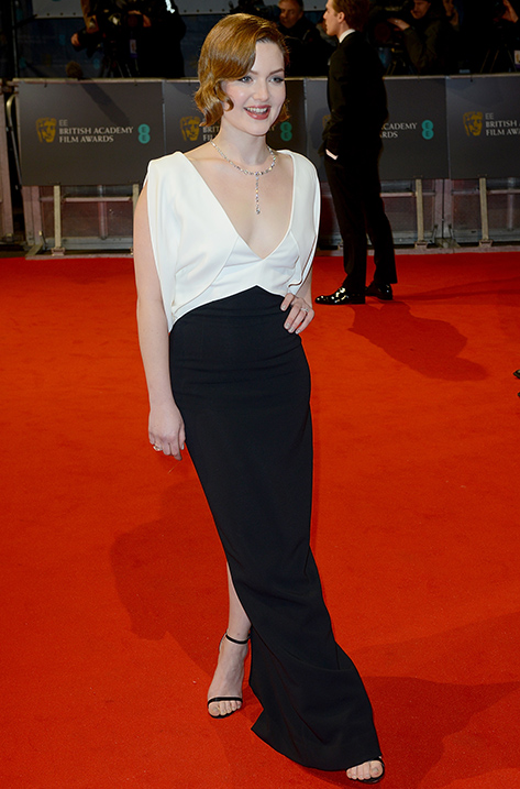 Holliday Grainger wearing Minny