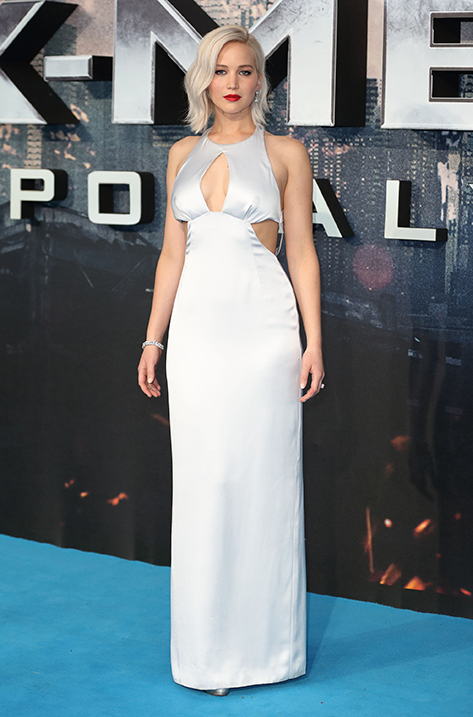Jennifer Lawrence wearing Pearl